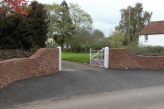 thumbs_entrance-walls-014